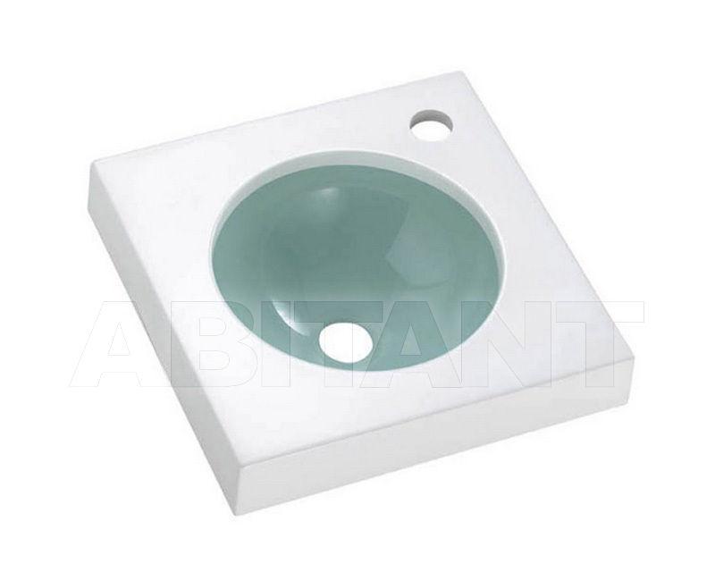 Купить Раковина подвесная Une 01 The Bath Collection Resina 0527AQ