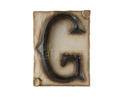 Панно Буква G (черно-белый)
