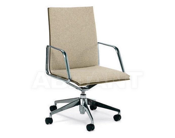 Купить Кресло Matteo Grassi Office 2011 MZ05TAGRF