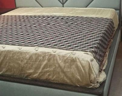 Кровать (размер King)