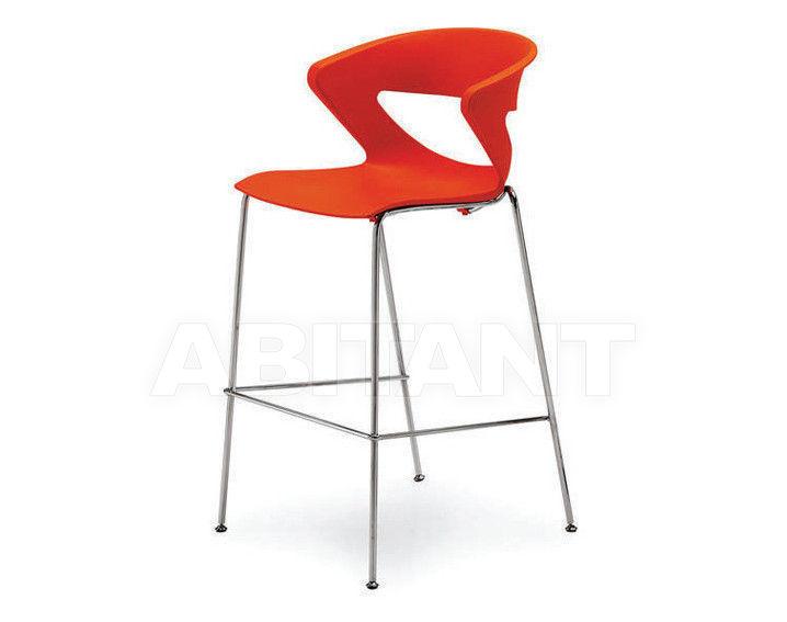 Купить Барный стул Tecnoarredo srl Sedie E Collettività TLL3R