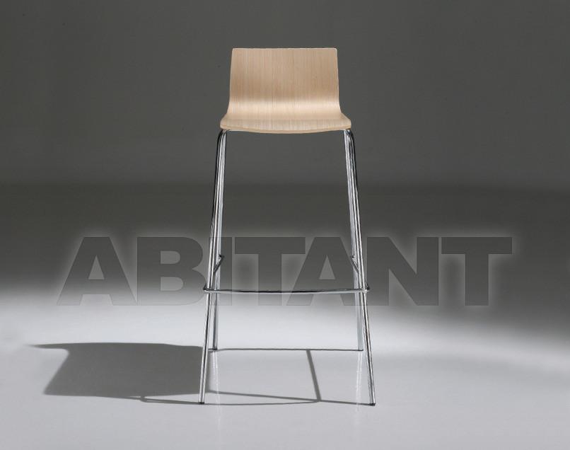 Купить Барный стул Tecnoarredo srl Sgabelli TNK03R