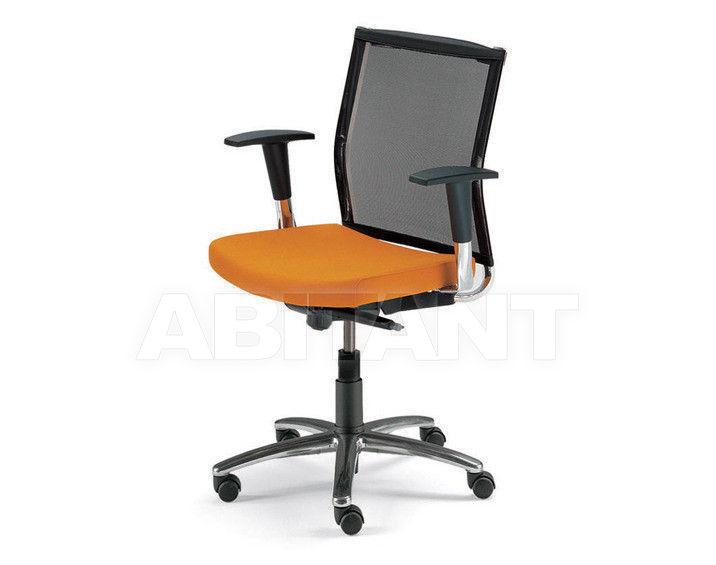 Купить Кресло Tecnoarredo srl Poltrone Direzionali TS143
