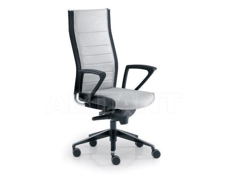 Купить Кресло для руководителя Tecnoarredo srl Poltrone Direzionali TST505