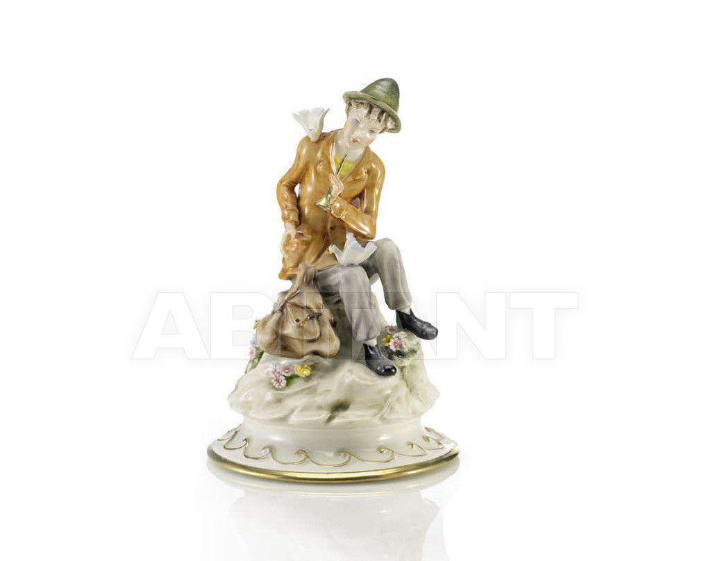 Купить Статуэтка SHEPERD WITH PURSE Villari Capodimonte T.00533-002