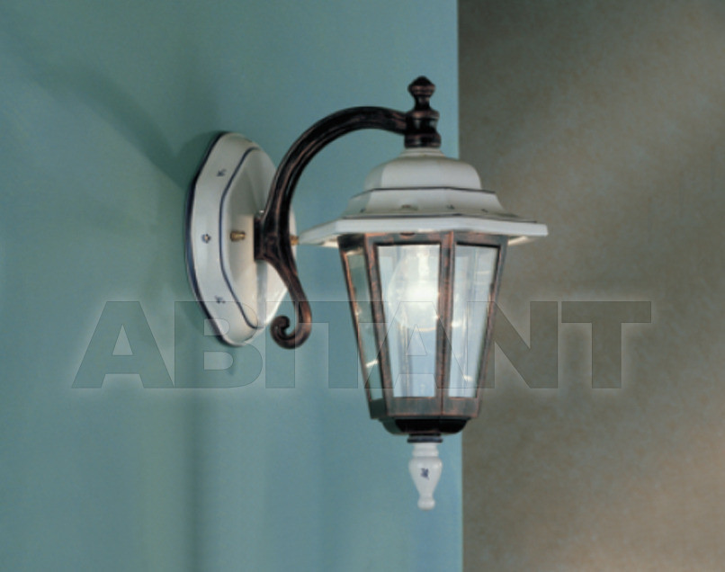 Купить Фасадный светильник Ferroluce Esterni A299 AP