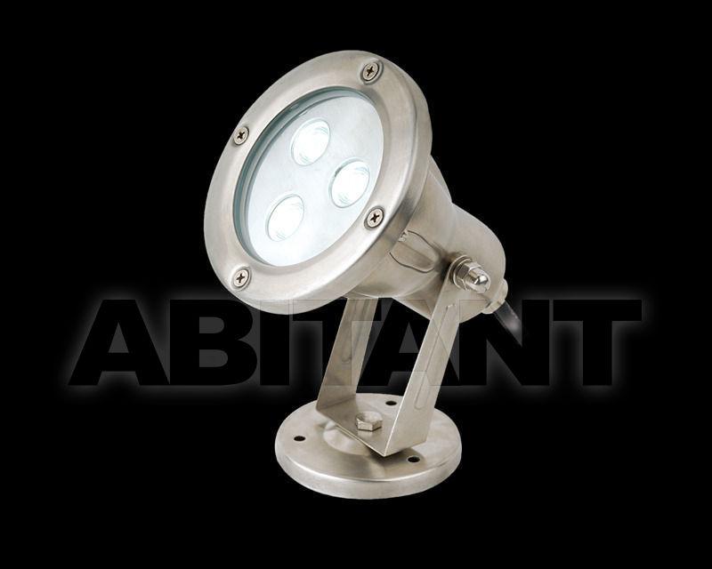 Купить Фасадный светильник Switch Made International  Outdoor EXT10019 TRI WALL