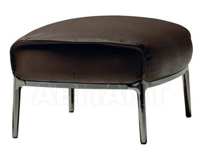 Купить Пуф Archibald Poltrona Frau Casa Export 5506511