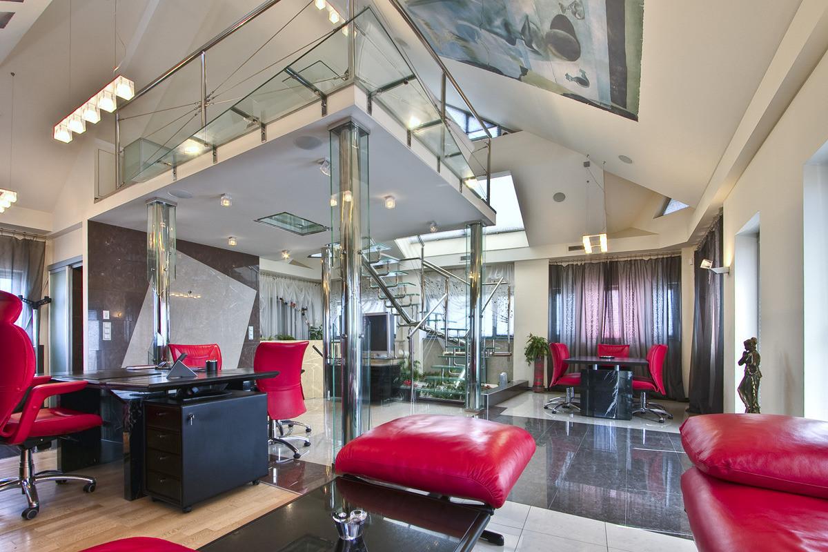 Дизайн интерьеров домов компании