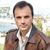 Александр  Скирда
