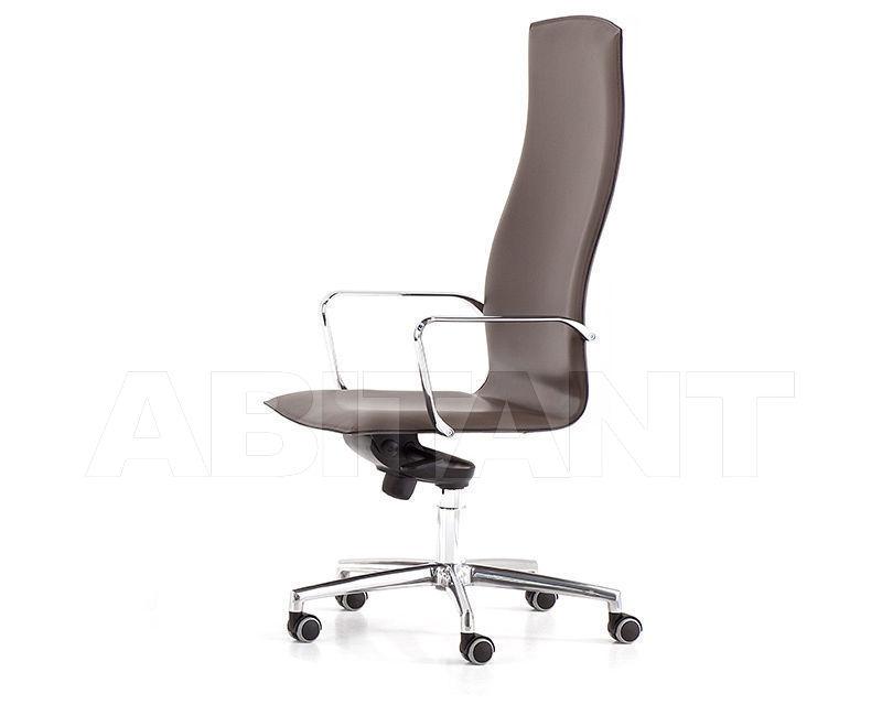 Купить Кресло для руководителя Polflex 2017 568